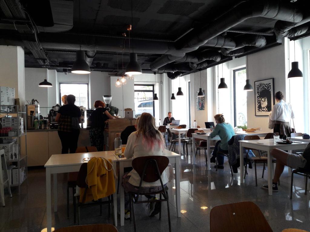 Översiktsbild på Copenhagen coffee lab i Alcantara, Lissabon