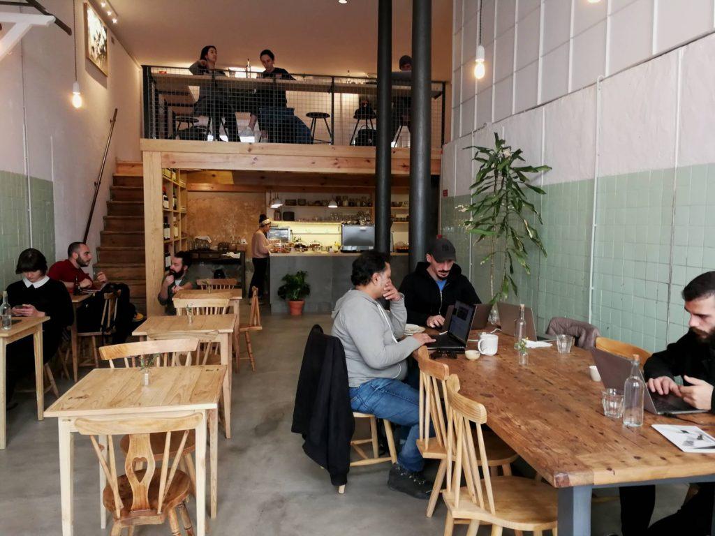 Översiktsbild från café Boavida i Santos, Lissabon