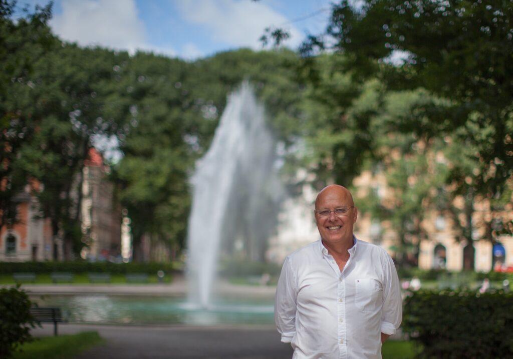 Foto på Jan Bergstrand, grundare av egenanställningsföreteaget Cool Company.