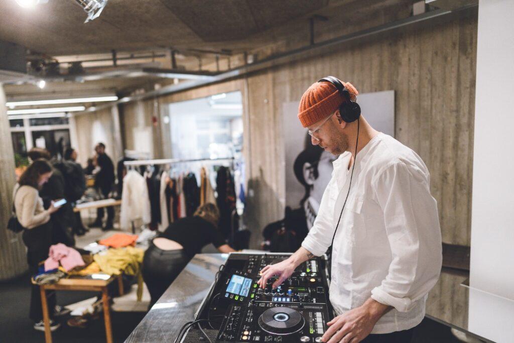 DJ på A house i stockholm